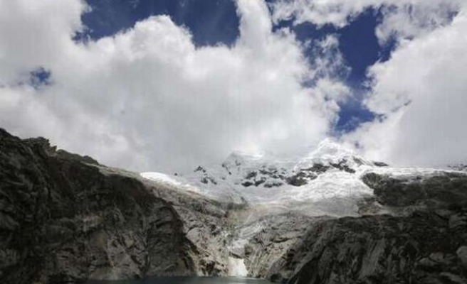 Peru's melting glaciers a deadly threat as temperatures rise