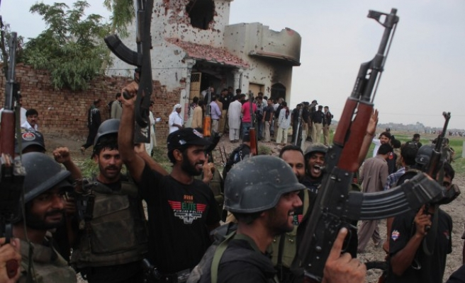 Glorifying militants to be punished in Pakistan province
