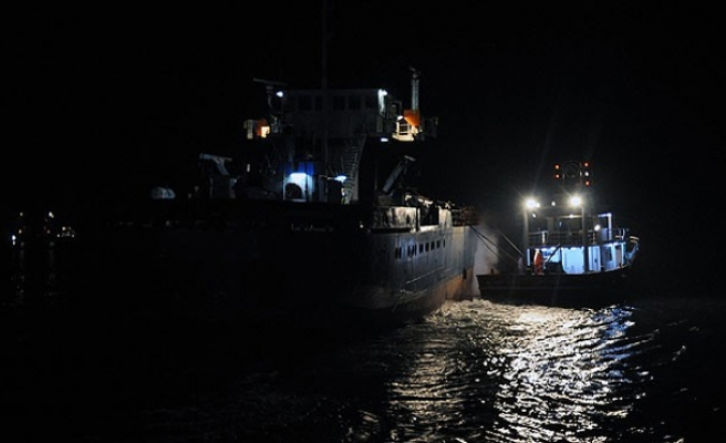 Ship carrying refugees allowed to dock in Italy