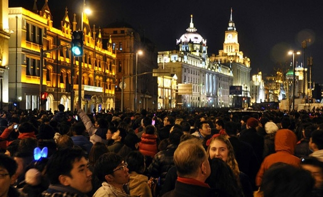 Shanghai New Year's Eve stampede kills 36 -UPDATED