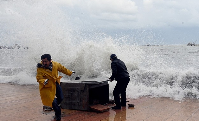 Tropical storm in Indonesia kills 20