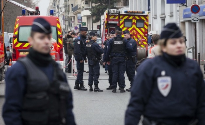 French government to strengthen intelligence services