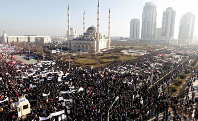Chechens protest against Charlie Hebdo cartoons