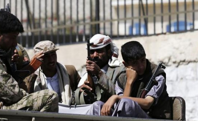Yemen PM leaves presidential palace for safe location