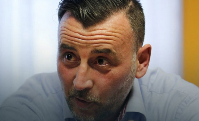 PEGIDA leader resigns after Hitler photo scandal