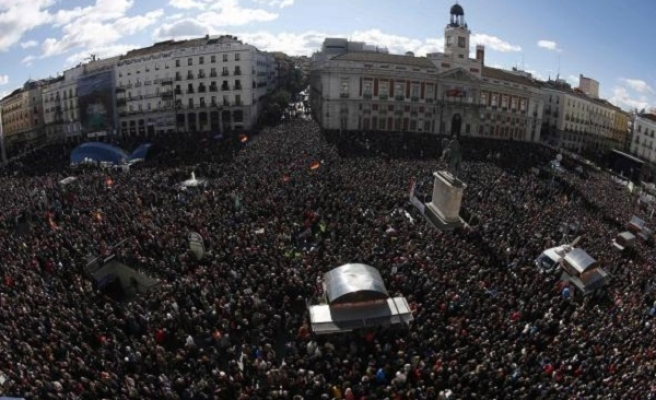 Massive 'march for change' in Spain capital
