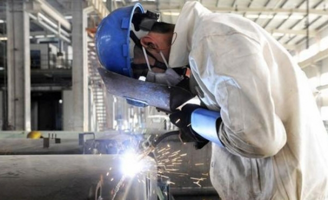 Deflation the danger as China's factories struggle