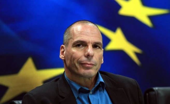 Greece outlines debt 'menu' in bid to win over sceptical euro zone