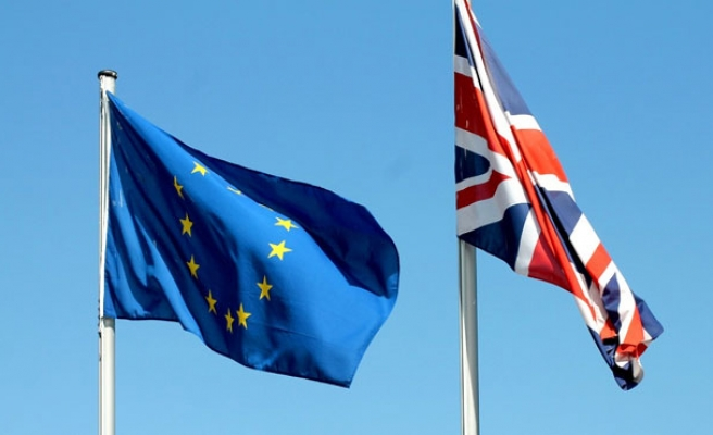 UK to lay cards on the table over EU referendum