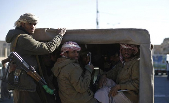 Al Qaeda driven out of Yemen city after killing 20 soldiers