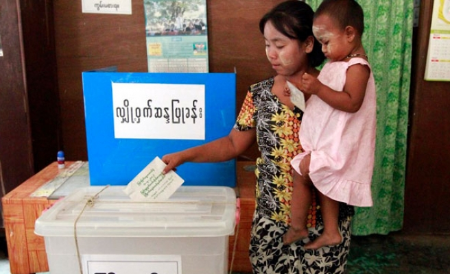 Myanmar approves constitution referendum