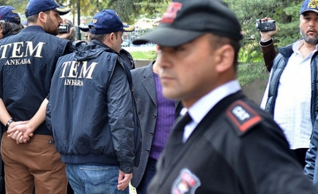 Istanbul court arrests 17 policemen in 'parallel state' probe