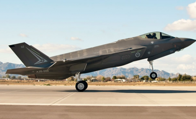 Italy to maintain F-35 jet orders despite political pressure