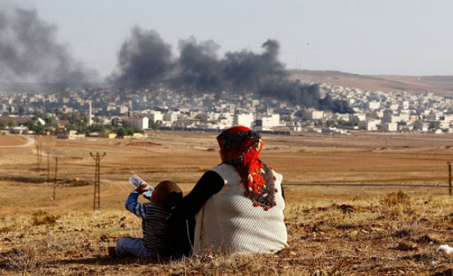 Kurds, Syrian rebels edge into ISIS stronghold