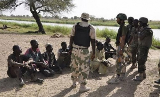 Niger arrests more than 160 people for Boko Haram ties