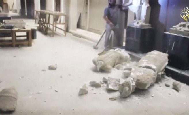 ISIL destroyed priceless Iraq antiquities