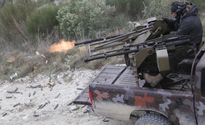 Syrian oppostion advance to central Aleppo