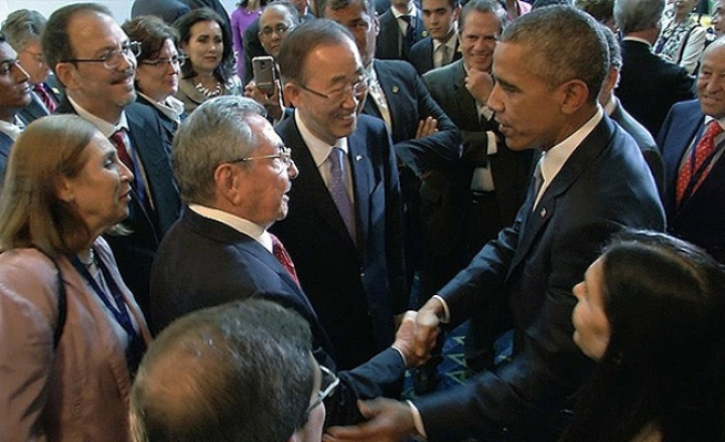 Obama meets Raul Castro in highest-level