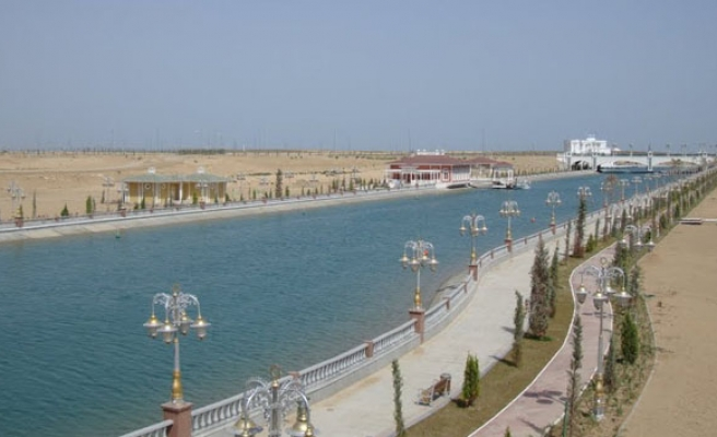Central Asia's longest river pollution dangerously high