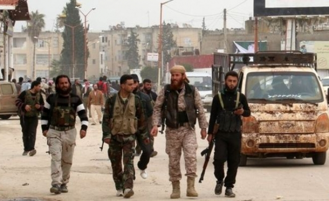 Opp. fighters battle Syrian army near Assad heartland