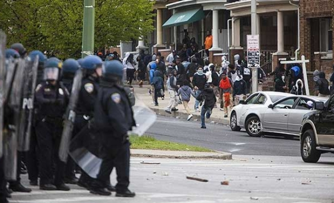 Baltimore lifts curfew imposed after police brutality