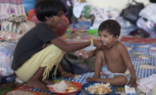 Indonesia urges int. community to aid migrants