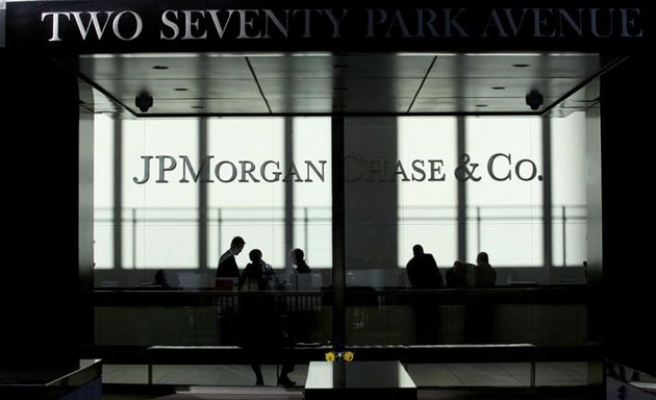 Six world banks fined $6bn record fine in FOREX probe
