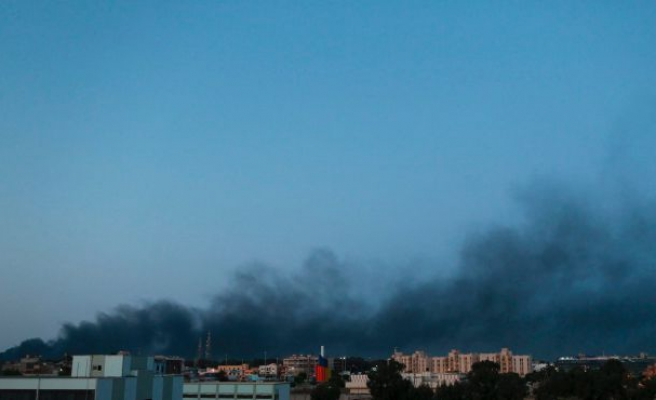 Car bomb, clashes with ISIL kill 32 Libyan fighters