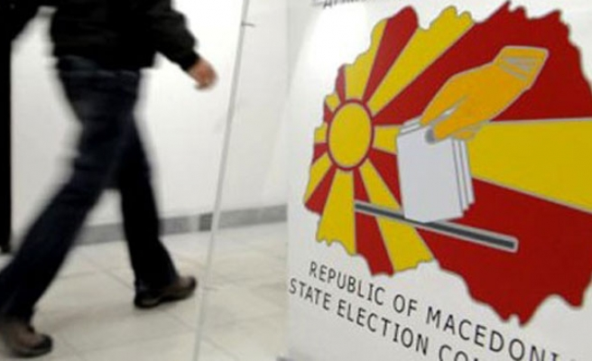 Macedonia calls snap election for December 11
