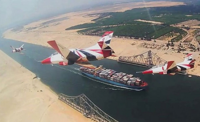 High cost of New Suez Canal annoys Egyptians