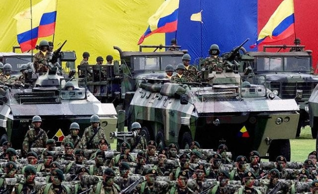 Colombia's intelligence systems operating outside law