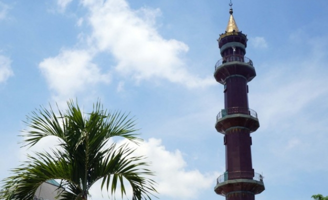 Indonesia to tackle touchy subject of quieter mosques