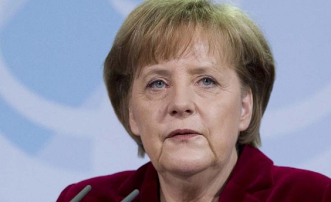 Merkel bloc wins election but faces far-right challenge