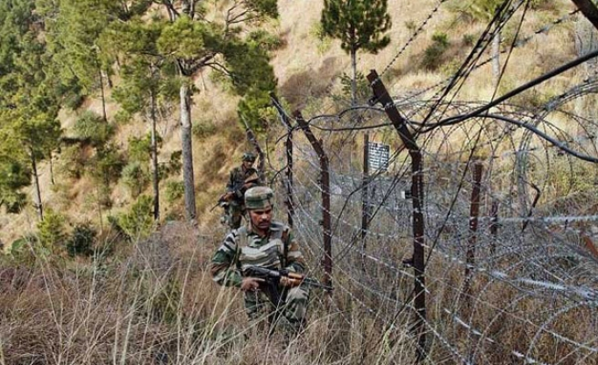 2 killed in continued Pakistan, India border clashes