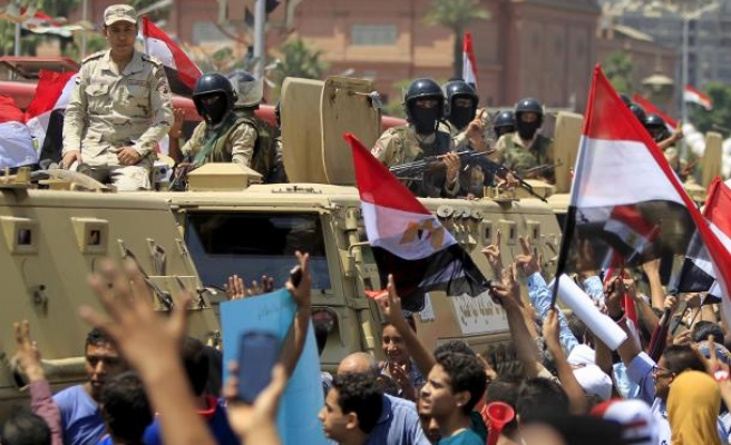 Egypt kicks off Suez Canal extension inaugurating ceremony