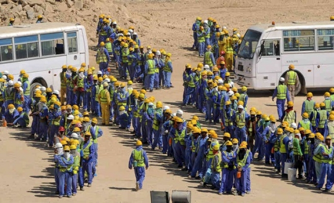 Qatar to enforce key labour reform from November
