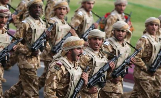 Qatar doesn't rule out 'military intervention' in Syria