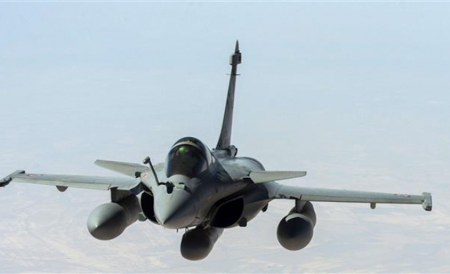 French jets conduct first flights over Syria