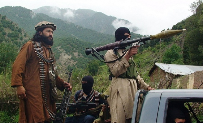 ISIL-allied group attacks Pakistan-Afghan border post