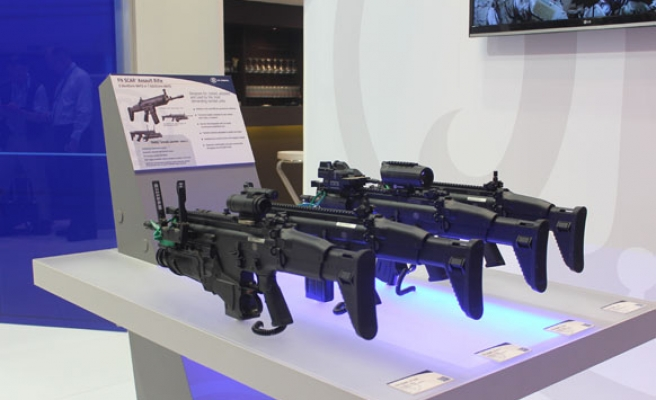 30,000 to welcome arms dealers in London