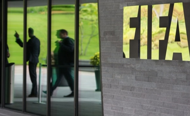 Platini says FIFA must now end his ban