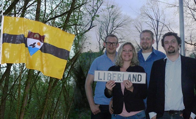 Liberland recruits citizens in Istanbul