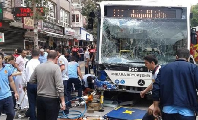 Turkey: 11 killed in Ankara bus crash