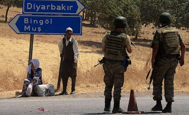 Six Turkish soldiers injured in southeastern Turkey