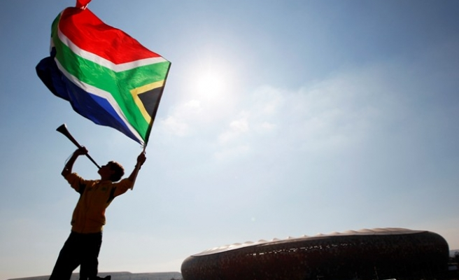 S.Africa: Thousands protest against job cuts