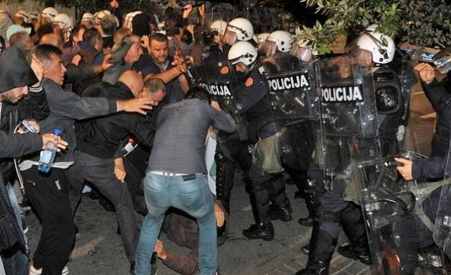 Protesters, police in violent clashes in Montenegro