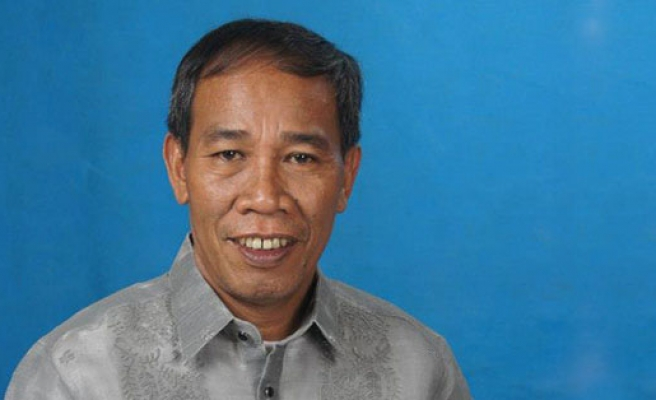 Abducted Philippine mayor and son found dead