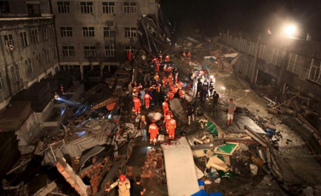 Building collapse in China leaves 17 workers dead
