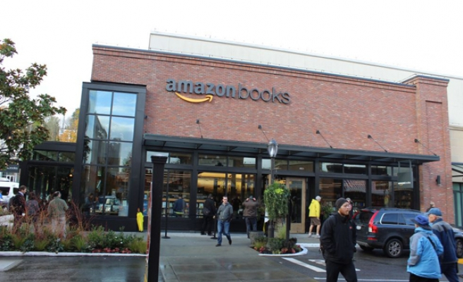 Amazon opens its first bookstore