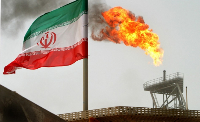 Oil discounts for Europe as Iran challenges Saudi